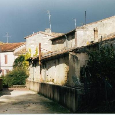 Maisons en 1998 a coté de la salle des fêtes