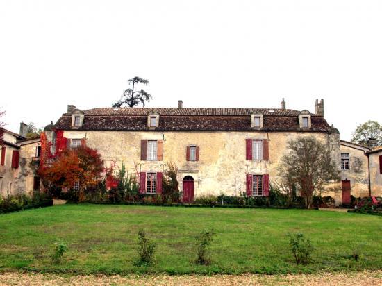 08-chateau-ramonet-2.jpg