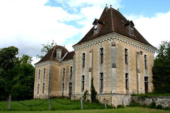 Partie-ancienne-du-chateau.jpg