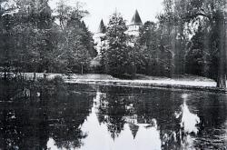 Etang-du-chateau-de-crain